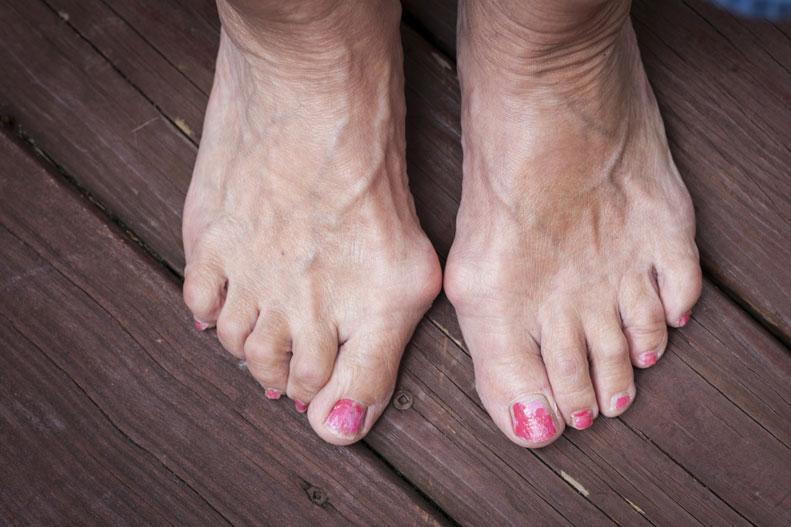 Men in flip flops feet