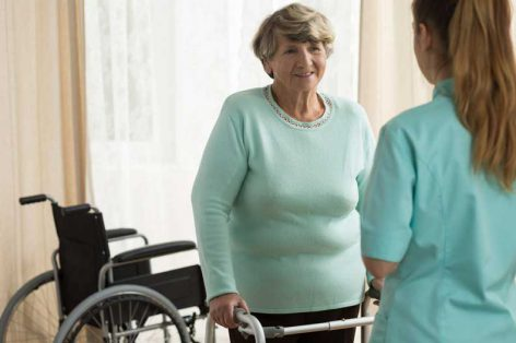 How Balance Therapy Helps Seniors with Fall Risk