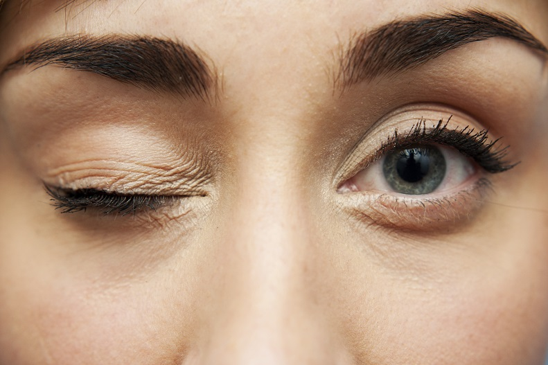 What causes your eyelid to twitch and what can you do to prevent this discomfort?