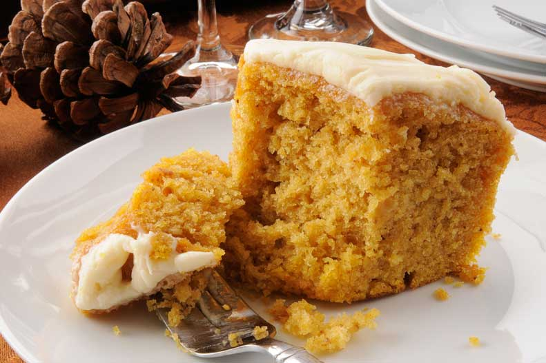 Find our light pumpkin bundt cake recipe