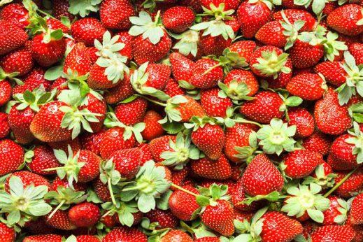 Strawberries and yogurt is a healthy recipe