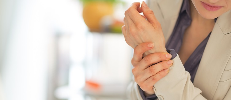 Do You Need Fractured or Sprained Wrist Treatment? | UPMC